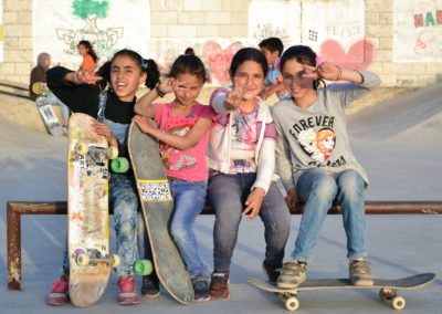 Women Skate The World